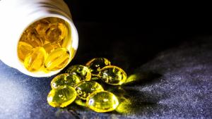 Revisamos las propiedades del aceite de hígado de bacalao y cómo tomarlo de forma adecuada.
