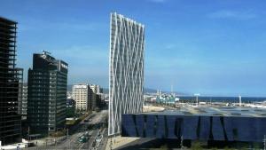Telèfonica ha possat a la venda l'emblemàtica torre per tal de poder pagar els seus deutes