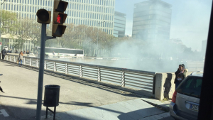 Un vehicle s'ha incendiat a la C-31, a l'altura de la Ciutat de la Justícia