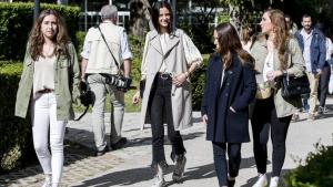 Victoria Federica sorprendió con un look callejero