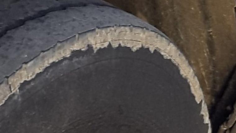Els Mossos han denunciat un autobús per circular amb els pneumàtics en mal estat
