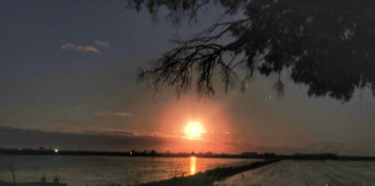 La Lluna plena es va poder observar molt bé a les Terres de l'Ebre aquest cap de setmana