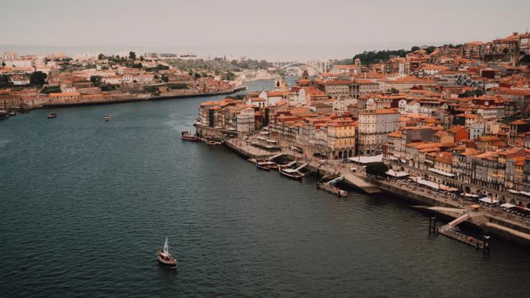 Una guía para moverte por Oporto.