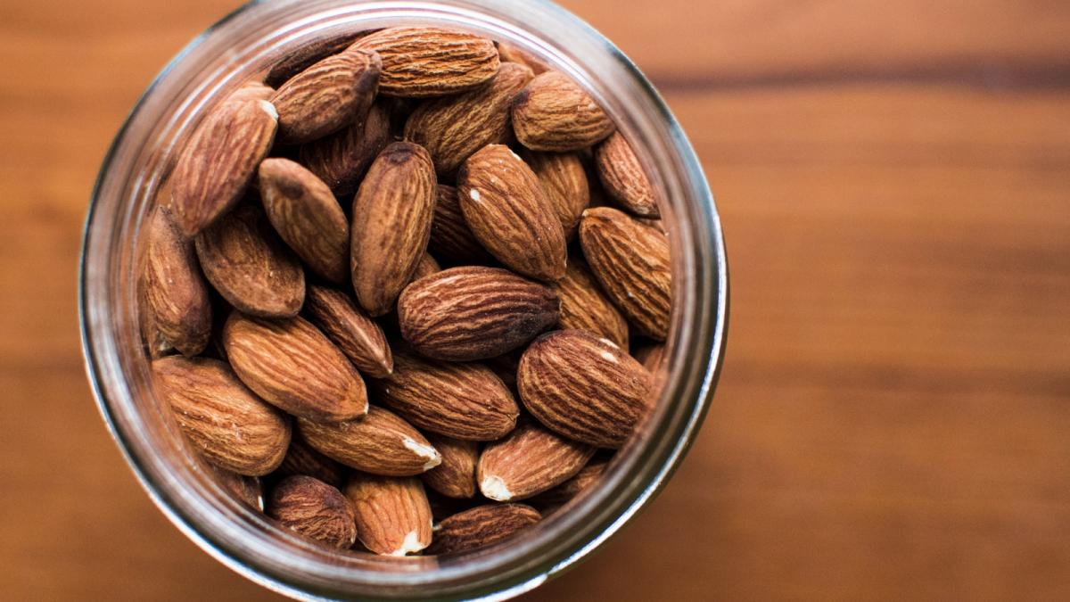 frutos secos que nutrientes aporta