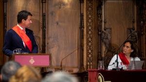Ada Colau, reescollida alcaldessa de Barcelona amb els vots de PSC i Valls