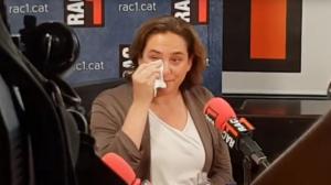 Colau s'emociona després de confessar que s'ha plantejat plegar