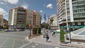 Eixida del túnel de la Gran via Ferra el Catòlic, en la plaça d'Espanya