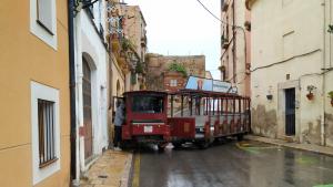 El trenet ha quedat encallat a l'altura de la plaça de Sant Joan de Tarragona