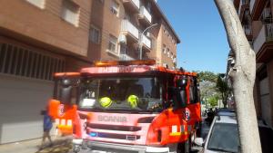 Els bombers de Gandia i Oliva han apagat l'incendi de Benipeixcar