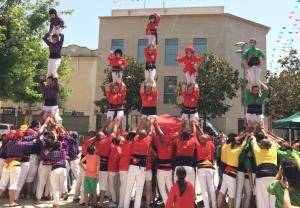 Els Castellers de Rubí durant la passada Festa Major