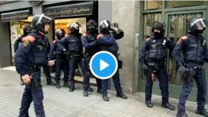 Els Mossos actuen contra un grup que distribuïa cocaïna a venedors ambulants de llaunes a Barcelona