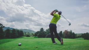 En este listado podremos encontrar 12 ejemplos de deportes individuales que incluyen desde el golf, hasta la gimnasia rítmica o el tiro con arco.