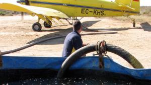 En marxa els tractaments aeris contra els mosquits dels arrossars del Deltapròxims a les poblacions