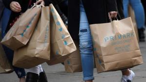 Imagen de archivo de bolsas de compra de Primark
