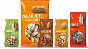 Imagen de seis de las variedades de frutos secos que vende Mercadona