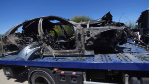 Imagen del vehículo en el que circulaba Reyes tras el accidente