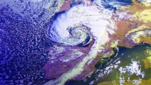 Imagen satélite de la borrasca Miguel esta mañana de viernes
