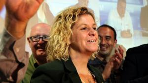 Imatge de la cap de llista de Junts per Tortosa, Meritxell Roigé, durant la nit electoral del 26-M