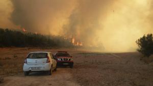 Imatge de l'incendi, que ja ha cremat més de 500 hectàrees de terreny forestal