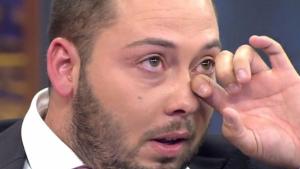 José Antonio Avilés, llorando en pleno directo de 'Viva la vida'