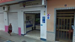 L'administració que ha repartit el 1r premi, en el carrer de Ruiz de Lihory, 5 en Foios