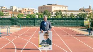 L'alcalde de Torredembarra i candidat a la reelecció, Eduard Rovira, vol quatre anys més d'estabilitat.