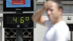 Las autoridades sanitarias presentan algunas recomendaciones para no sufrir los efectos de la ola de calor