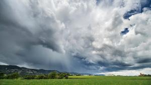 Maig ha estat plujós, de moltes tronades i temperatures contingudes