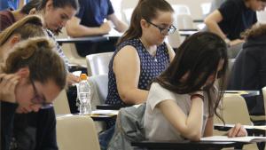 Més de 35.000 estudiants es presenten a les proves d'accés a la universitat