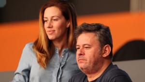 Miki Nadal y su mujer Carola, denunciados por la madre de ella