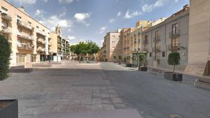 Plaça del Baluard, on s'ubicarà l'aparcament per a cotxets