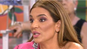 Raquel Bollo indignada con la noticia de que puede ser abuela