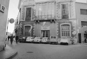 Unió Comercial i Industrial de Terrassa, a la placeta de la Font Trobada (1969)