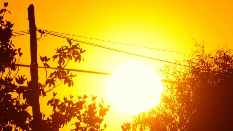 Sortida de sol a Verges aquest dilluns