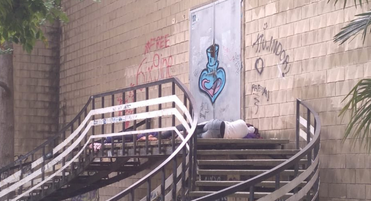 Imatge dels temporers dormint al carrer