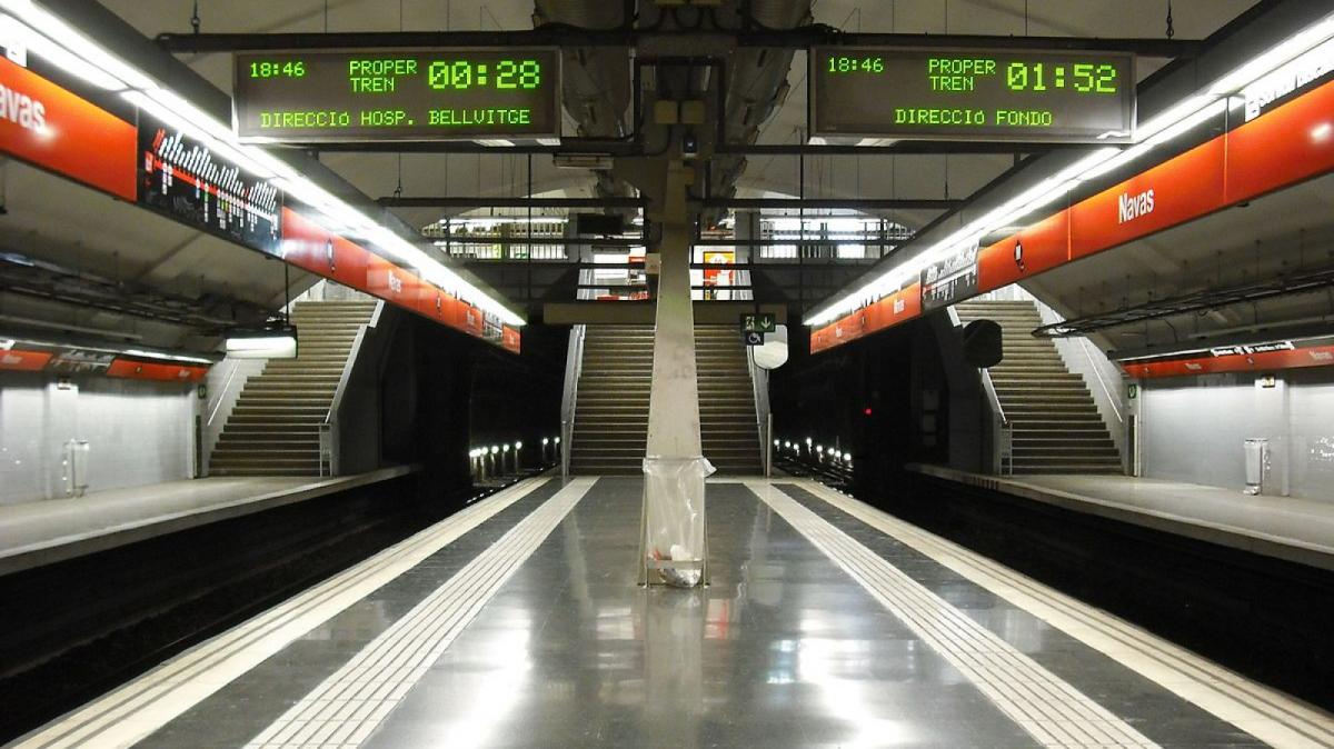 La parada Navas de la línia 1 del metro de Barcelona