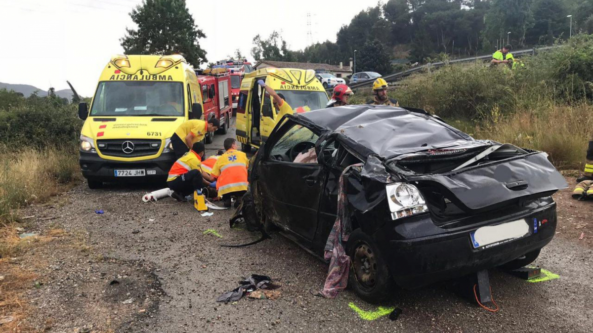 Mor una conductora d'un turisme a Osona