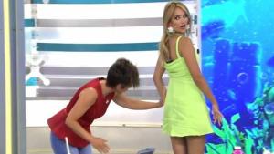 Alba Carrillo luciendo el 'efecto Kardashian' en 'Ya es mediodía'