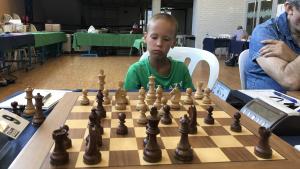 Aleksandr Usov, molt concentrat durant una de les partides disputades aquesta setmana.