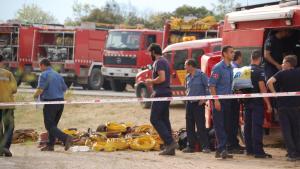 Bombers durant l'incendi d'Horta de Sant Joan.