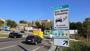 Cartell de la Zona de Baixes Emissions a Barcelona
