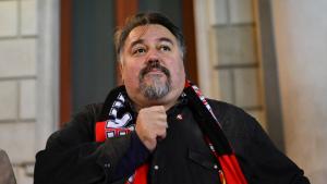 Clifton Onolfo, nou president i CEO del CF Reus, davant dels seguidors ganxets