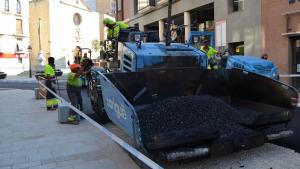 Comencen les tasques d'asfalt de la raval del Pallol de Reus