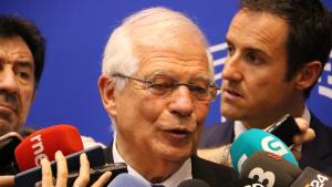 El ministre d'Exteriors espanyol, Josep Borrell, durant l'atenció als mitjans al Parlament Europeu, a Brussel·les