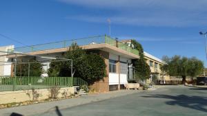 El Poliesportiu de la Bisbal avança a fases la seva construcció.