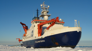 El rompehielos 'RV Polarstern' durante la expedición