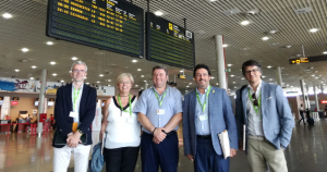 El secretari d'infraestructures i mobilitat, Isidre Gavín (segon per la dreta), ha visitat aquesta tarda l'aeroport de Reus