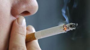 El tabaco resulta responsable de muchos casos de cáncer.