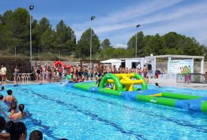 Els fets van tenir lloc de matinada a la piscina de Vallmoll