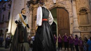 Els Gegants de Sarral, durant l'inici de la Festa Major 2019.